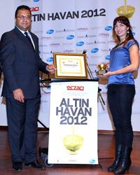 Altın Havan İlaç ve Eczacılık Sektörü Başarı Ödülleri sahiplerini buldu