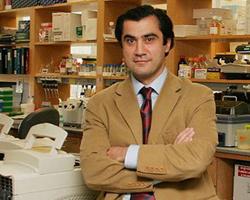 Yale Üniversitesi Tıp Fakültesi'nde görevli Prof. Dr. Murat Günel