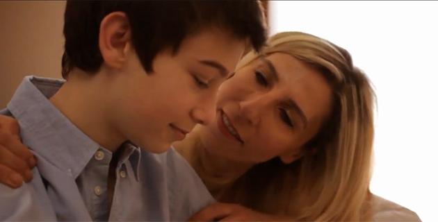 Abdi İbrahim'in anneler günü reklam filminde çalışanlar rol alıyor